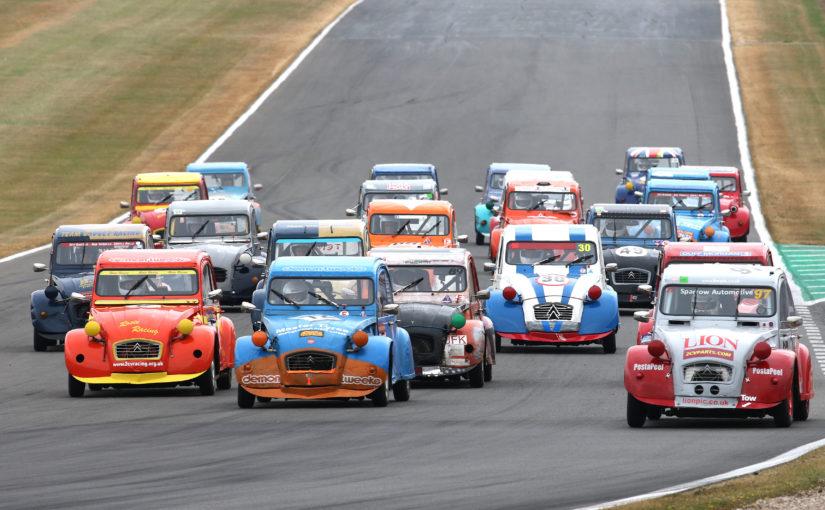 2CV 24-hour race headlines bumper BARC Snetterton weekend