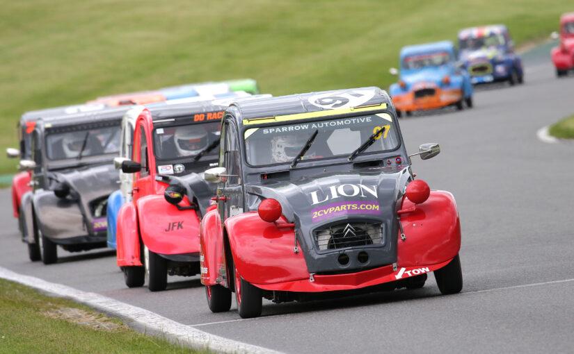 Classic 2CV Racing Club set for spectacular 24-hour race showdown at Snetterton